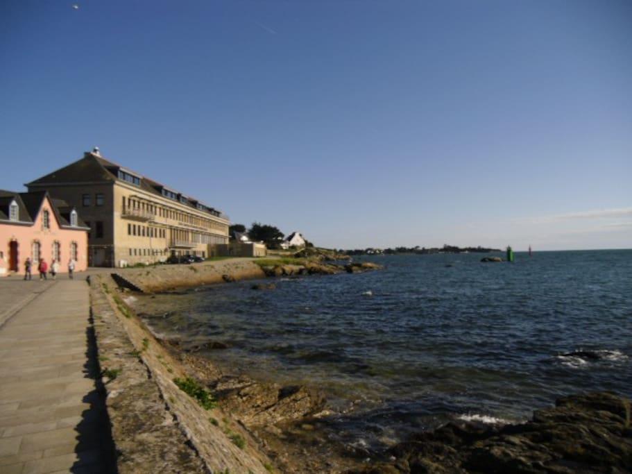 L'arrivée rue Pasteur par la côte... magnifique par tous les temps!