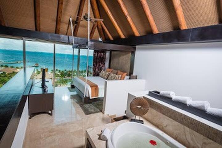 Ocean View - 2 Bedroom Residential Loft