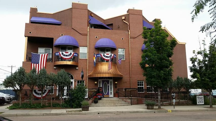 Old Town Guesthouse B&B: Ranks #1 in So. Colorado