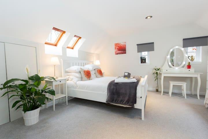 JustB City Retreat - 2 Bedroom Suite