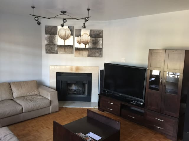 Charming apartment 2 bedrooms+free parking&wifi - Montréal - Wohnung