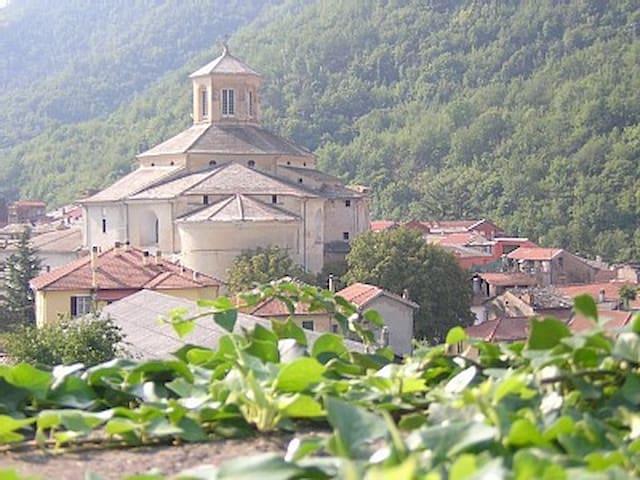 casa Mario - Nirasca - Huis