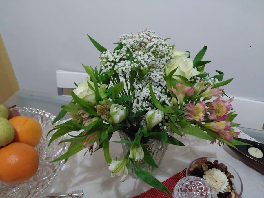 Flores e Fruta para os nossos hóspedes