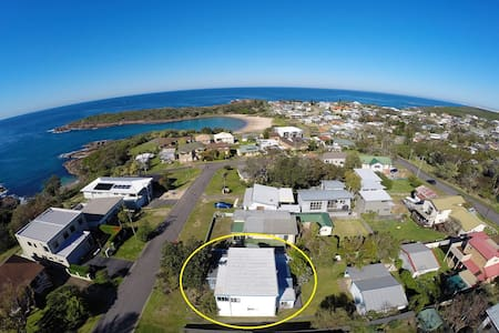 $750*/wk for September and October sleeps up to 8 - Boat Harbour - House