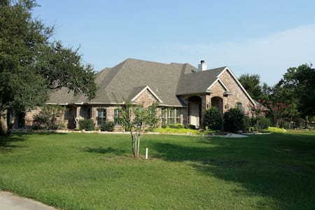 Country Living, City Close (Garden Room) - Fort Worth - Hús