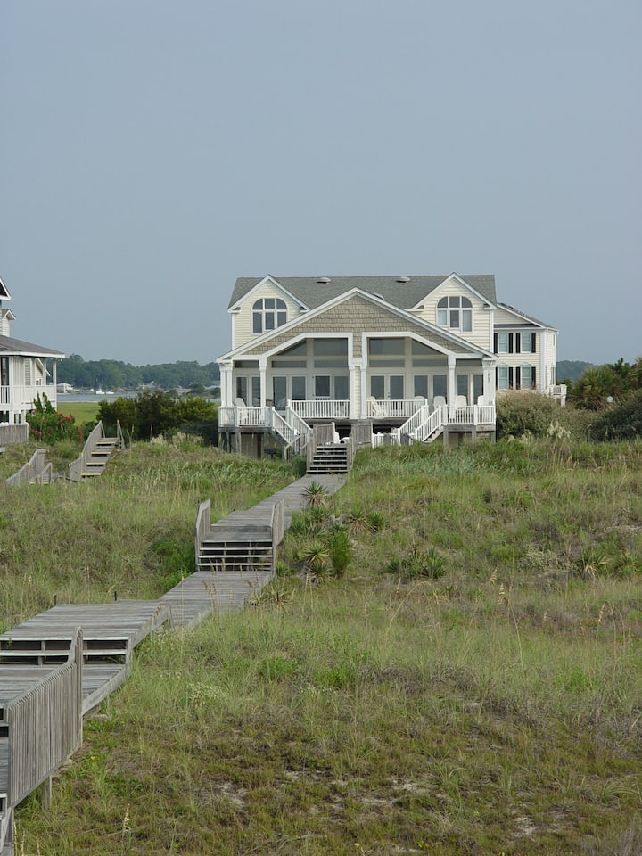 Luxury oceanfront 5 BR beach home