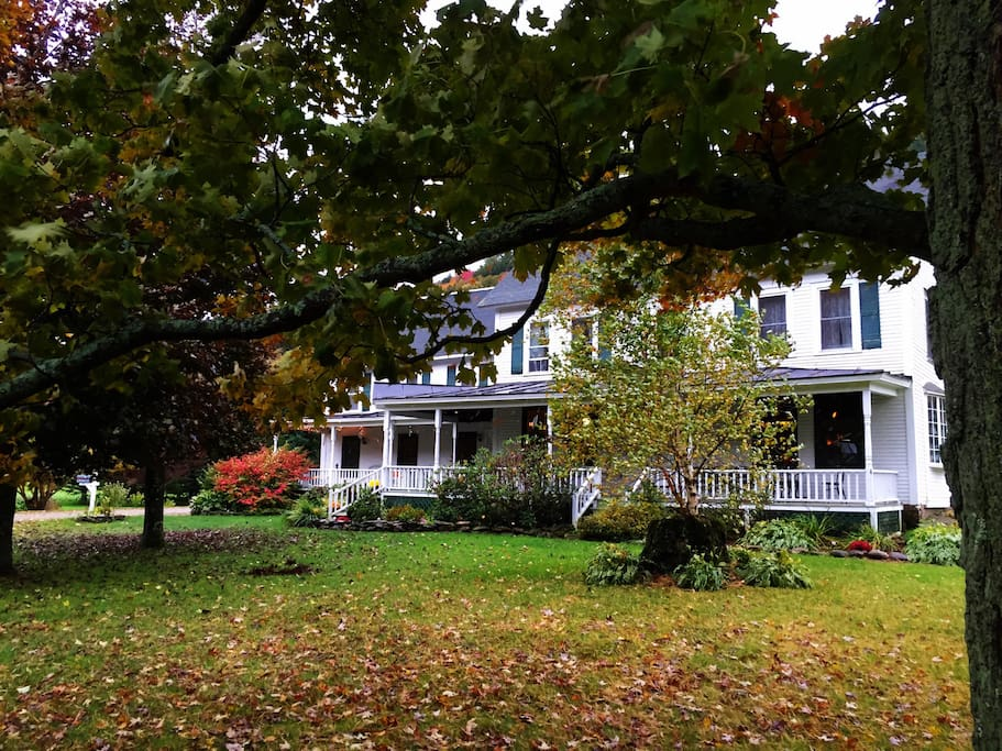 Come marvel at Vermont in the fall!
