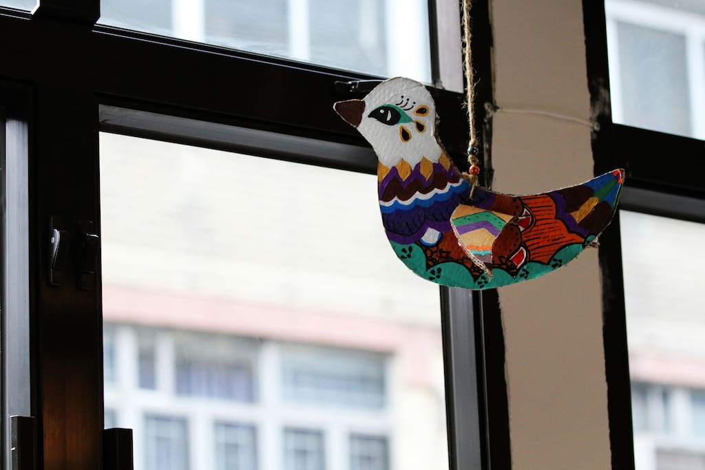 Handmade deco in the common room