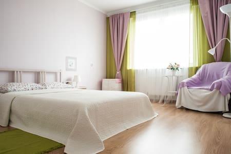 Апартаменты с 2 cпальнями и террасой! - Минск - Wohnung
