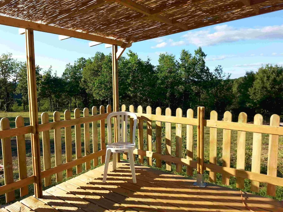 Mobil home dans camping 3 piscine bungalows for rent in for Camping cahors piscine