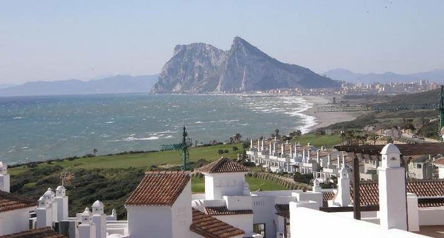 Apartment 2 beds, 2 baths Sea Front - San Roque - Byt