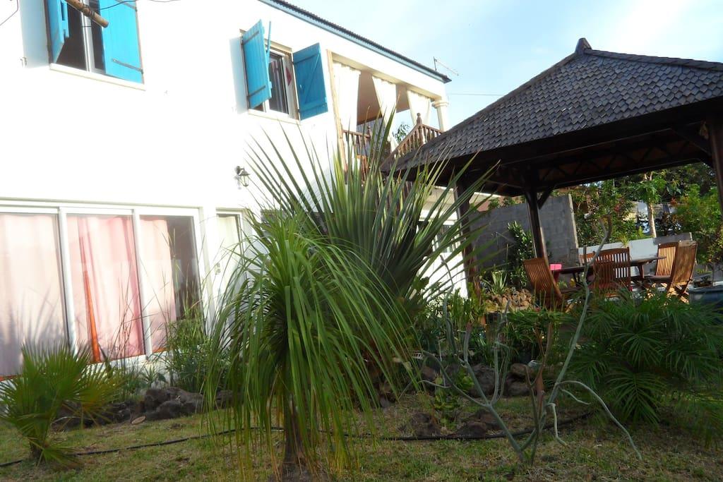 Belle maison avec jardin arbor maisons louer saint - Maison moderne avec jardin saint paul ...