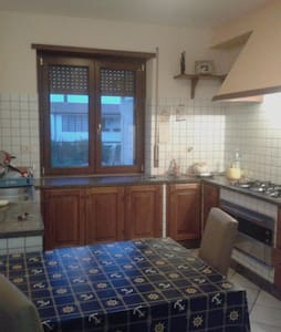 Apartment near the sea an hour from Rome - Santa Severa Nord - Byt