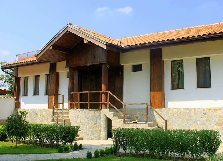 Guest house krasimir case in affitto a bryagovo plovdiv for Case in affitto bg