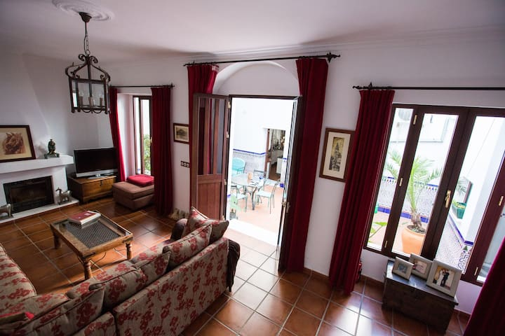 Traditional Spanish Town House - Almodóvar del Río - Casa