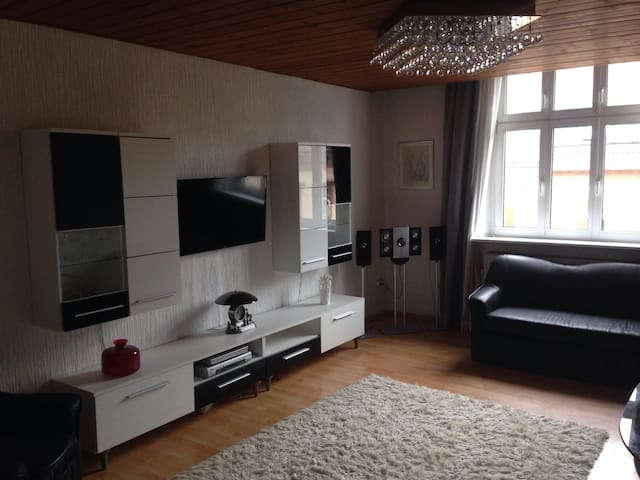 Beautiful apartment in the center - Hof - Daire