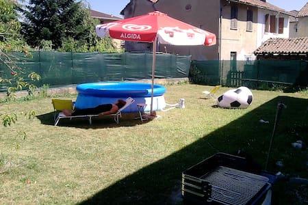 villa con giardino - Candia Lomellina