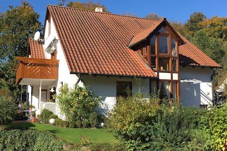 Schöne 90m2-Wohnung in Uni-Nähe - Bielefeld - Apartemen