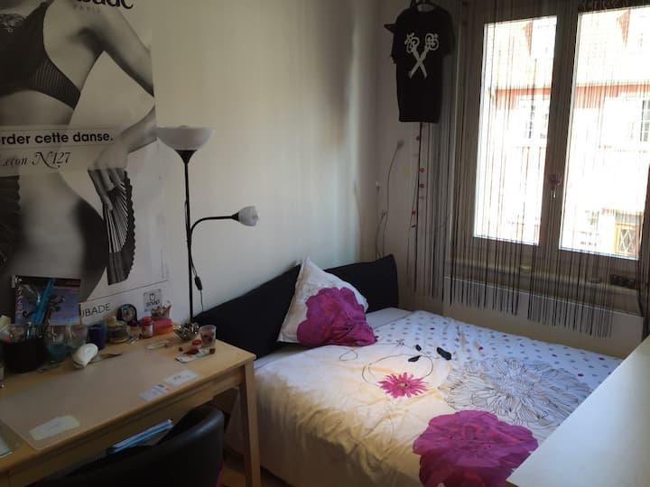 Chambre confortable proche centre