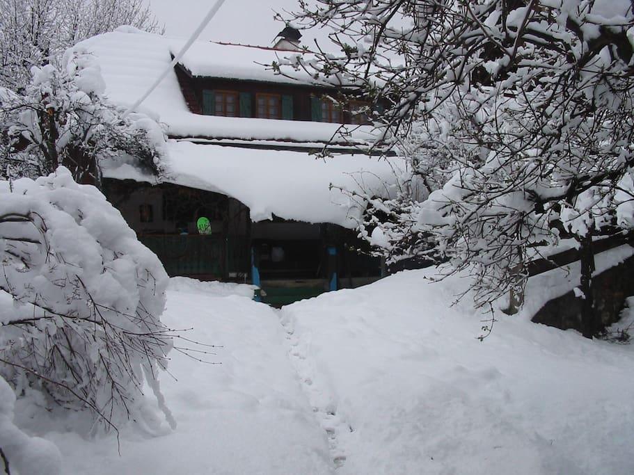 Messnergasslhaus im Winter