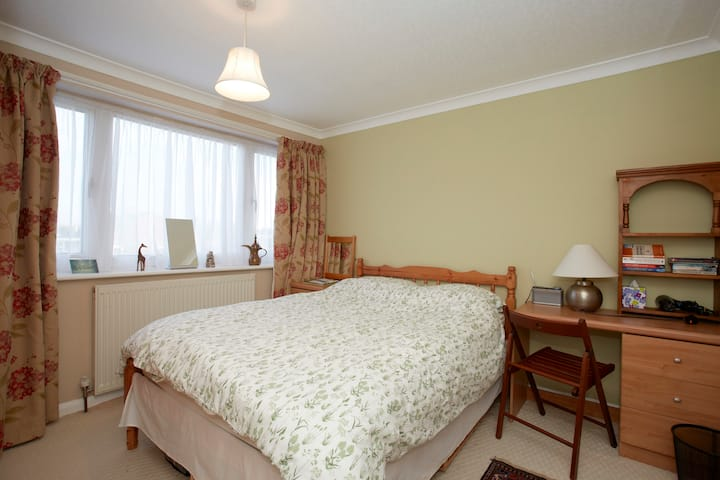 Double room in Wetherby 1
