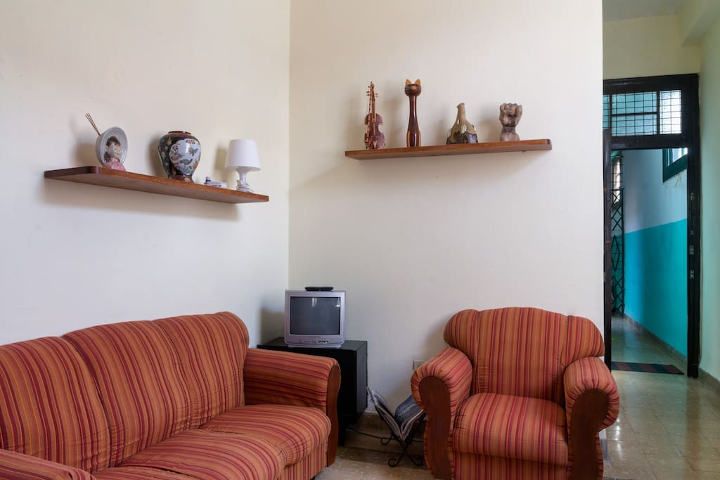 Living room (Salón comedor)