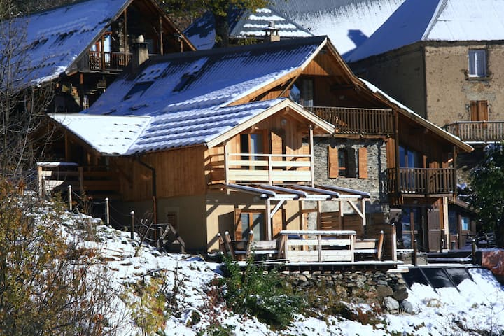 La Source - B&B and catered Ski & Cycling Chalet