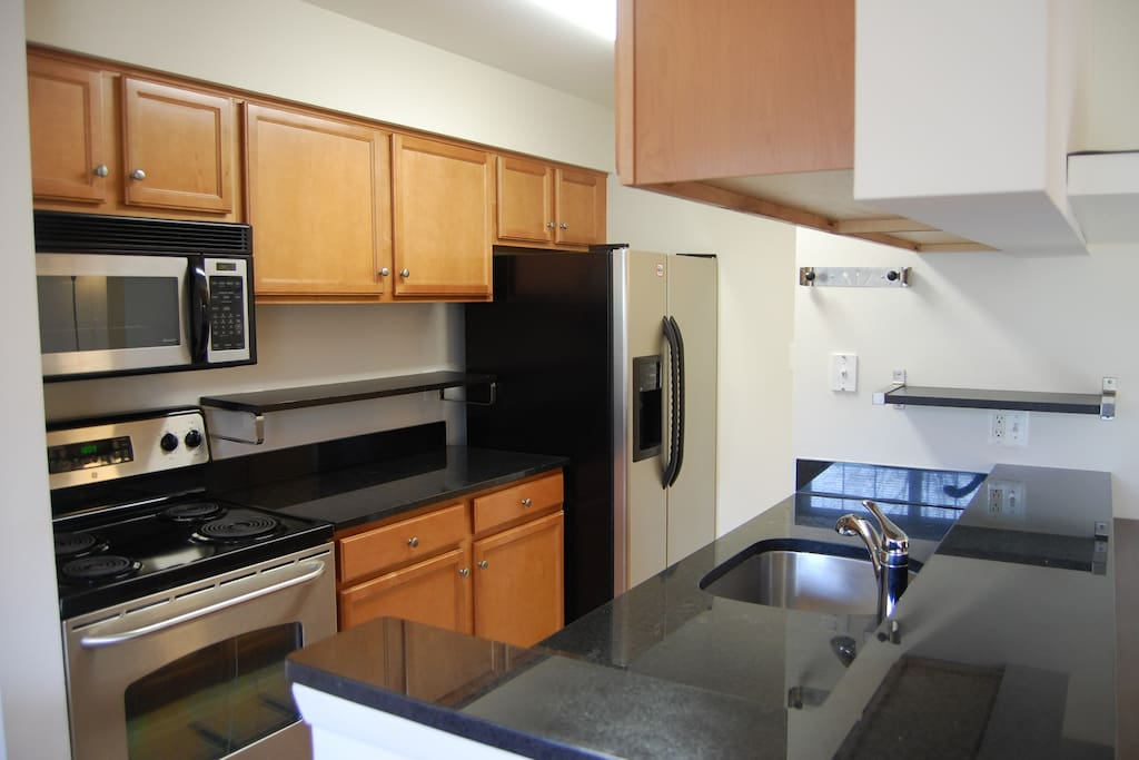 Fully Furnished 2 Br 2 Full Baths Apartments For Rent In Reston Virginia United States