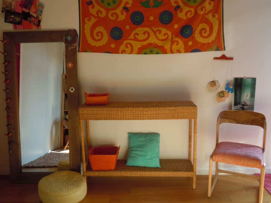 Le mobilier de la chambre