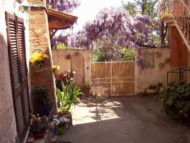 holidays in tuscany - Casciana Alta