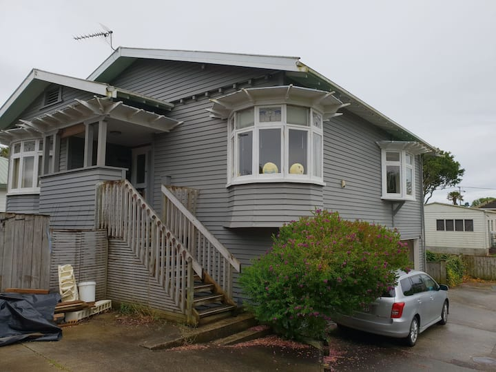 Friendly family home in Panmure, Auckland