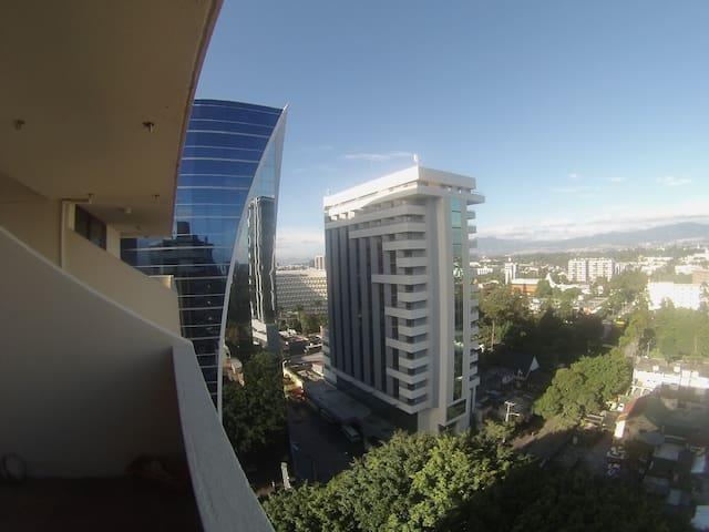 Habitación Privada en Zona Viva - Guatemala City - Apartamento