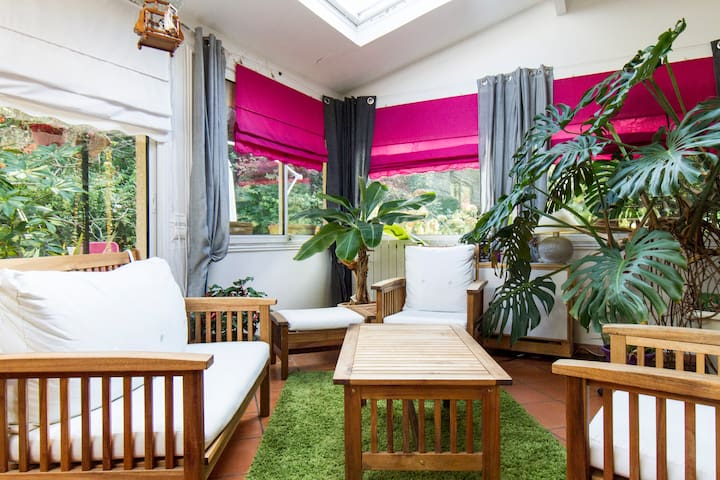 Nothing but calm !! A 14mn from PARIS (by train) ! - Montfermeil - Bed & Breakfast
