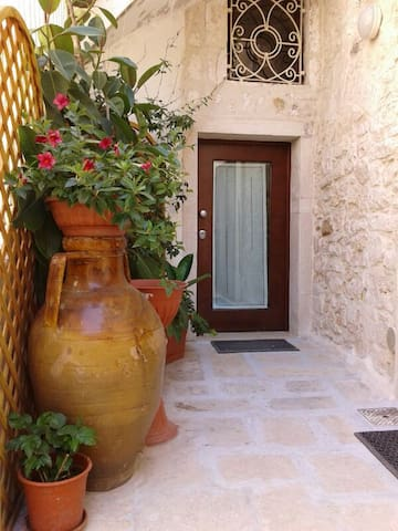 "BED AND BREAKFAST ""A CASA MIA"" - Giovinazzo - Bed & Breakfast"