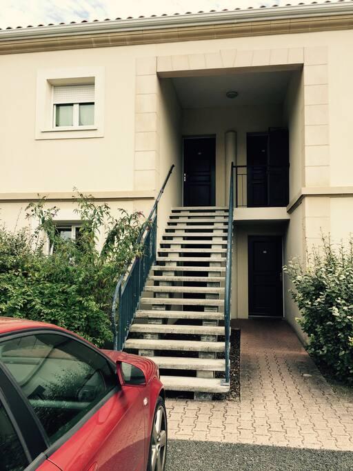 Chambre dans t3 proche bordeaux appartements louer for Location t3 bordeaux victoire