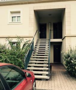 Chambre double dans T3 proche Bdx - Eysines
