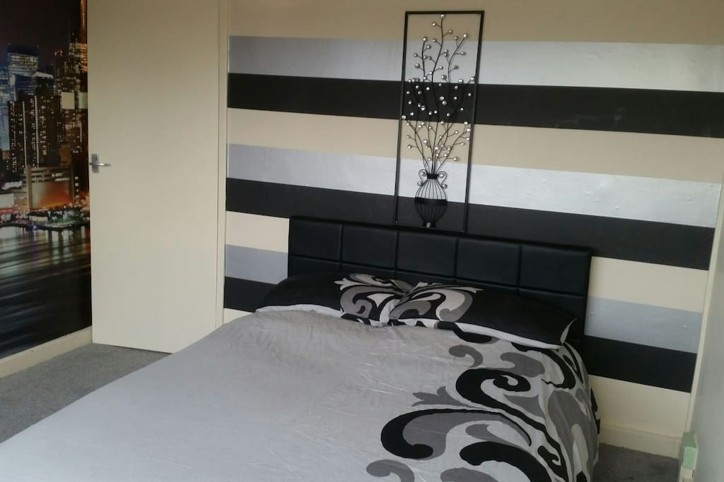 Guest bedroom again