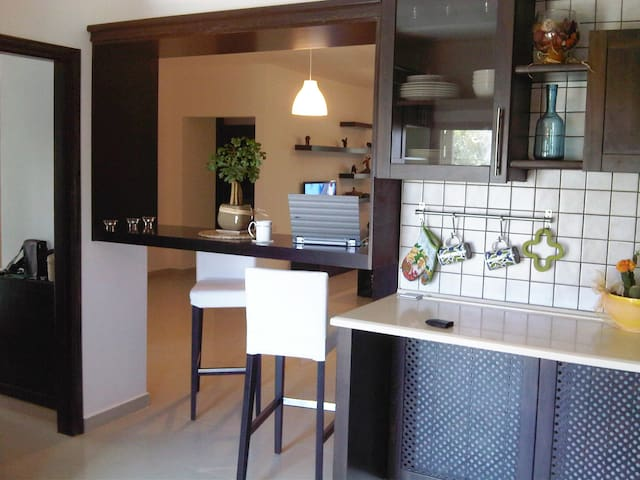 Spacious Fully Furnished Modern Apartment - Ramallah - Flat