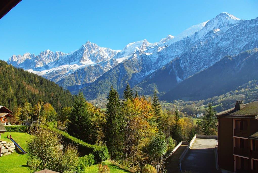 Magnifique vue sur la chaîne du Mont-Blanc