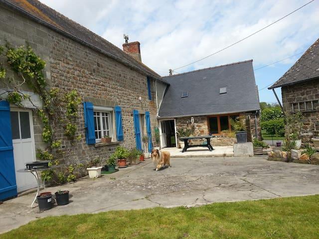 Maison Bretonne - Mont-Dol - House