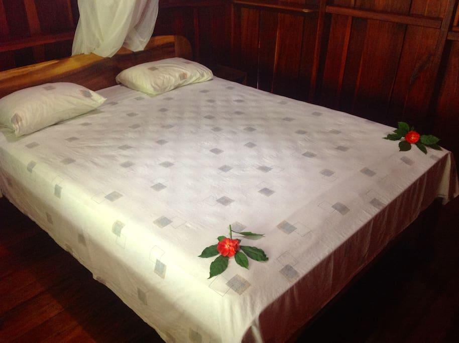 Zimmer mit Queensize Bett