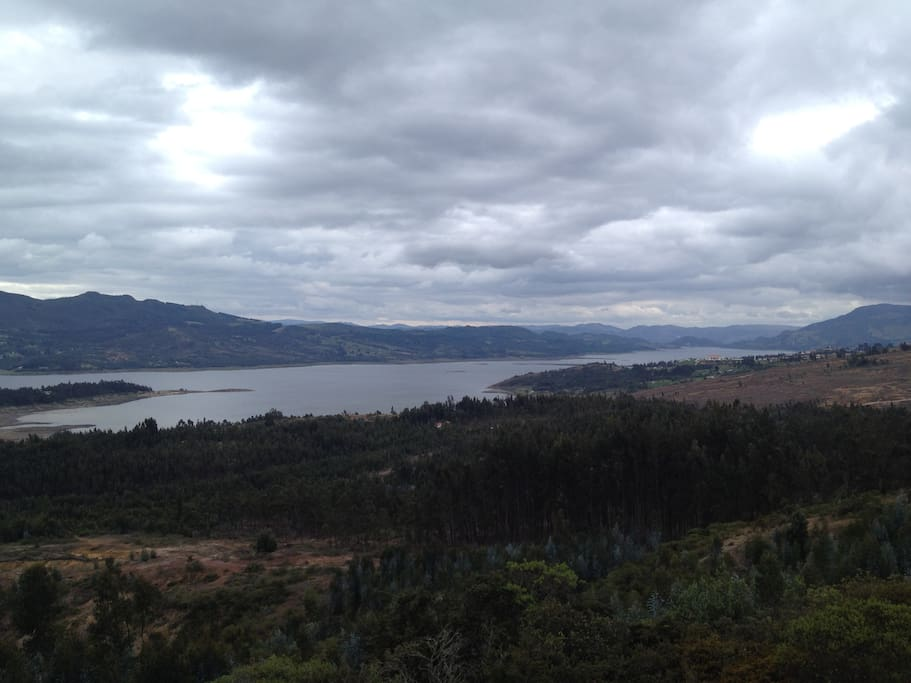 View over Tomine Reservoir