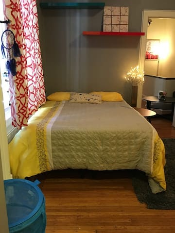 Cozy 1 Bdr in RittSq-Best Location - Philadelphia - Apartmen