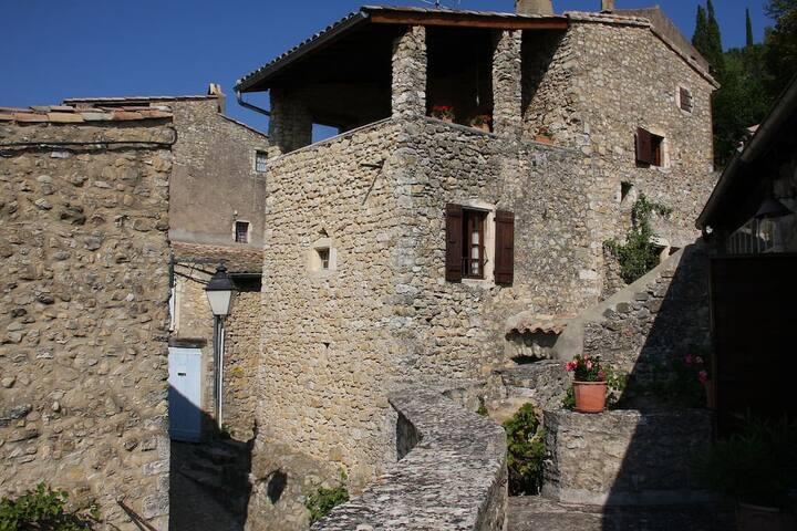 La Tour du Bagnard - Mirmande - Huis