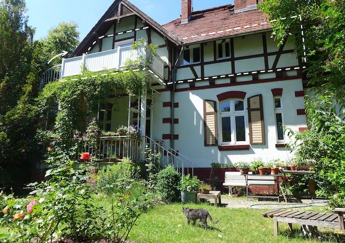 BERLIN SUEDWEST IM GRÜNEN, Zehlendorf