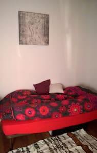 private room parvis saint gilles