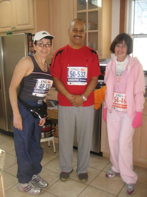 Happy runners from a prior year