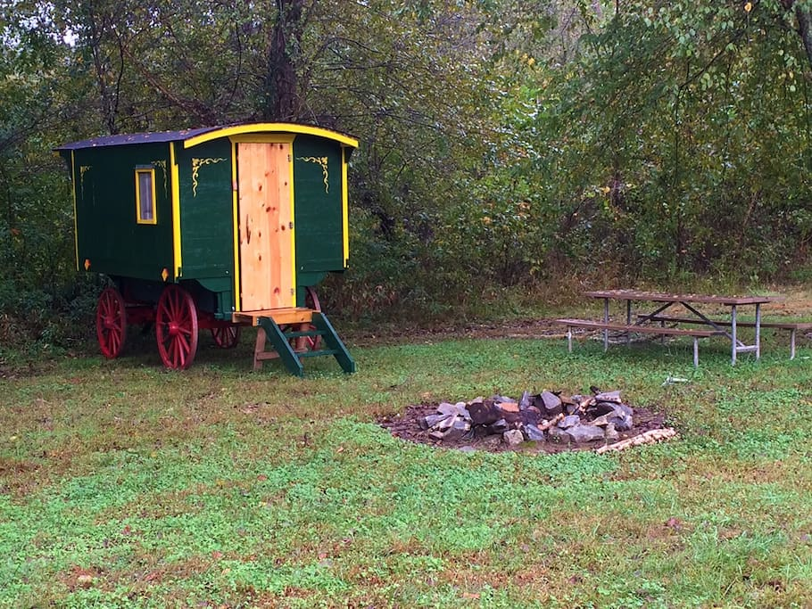 The Vardo has it's own fire pit and picnic table.