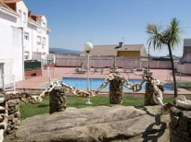duplex con piscina, jardin cambados - Cambados - Apartamento