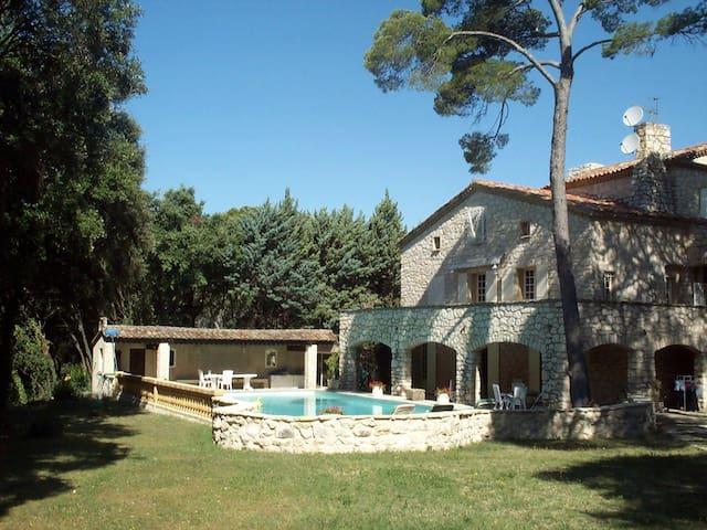 Luxurious stone house for 14 people - domaine de beaulieu - 一軒家